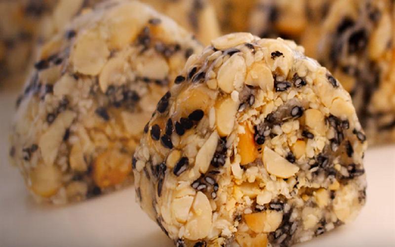 Cách làm kẹo mè đậu phộng