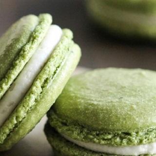 Cách làm Bánh Macaron Matcha thơm ngon, dễ làm tại nhà