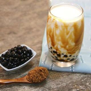 Cách làm sữa tươi trân châu đường đen thơm ngon
