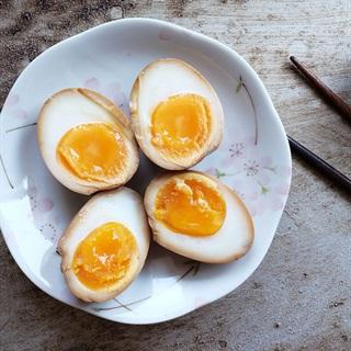 Trứng tẩm nước tương kiểu Nhật - Shoyu Tamago