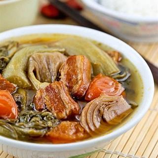 Cách làm Thịt heo quay kho cải