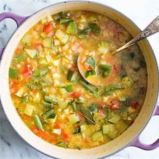 Cách làm Súp gà nấu rau củ
