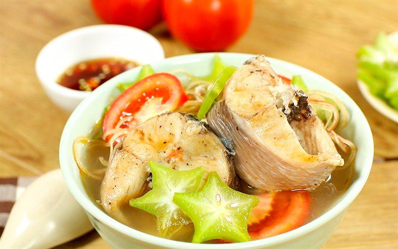 Cách nấu Canh chua cá lóc nấu khế