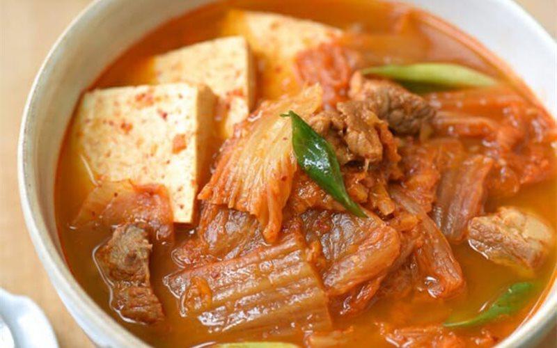 Cách nấu canh kim chi chuẩn vị Hàn