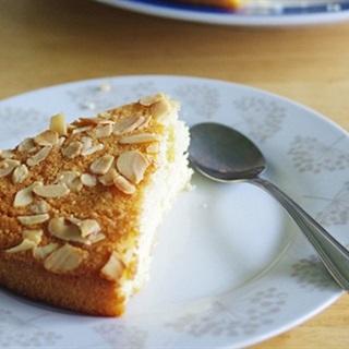 Bánh hạnh nhân dừa