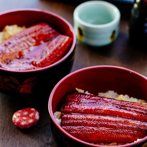 Cơm lươn Nhật Bản
