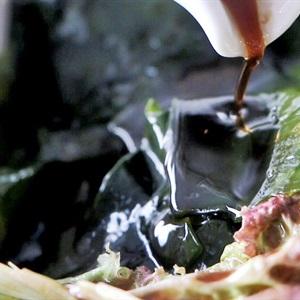 """Salad <a href=""""https://www.rongbienhanquoc.net/san-pham.html"""" _fcksavedurl=""""https://www.rongbienhanquoc.net/san-pham.html"""">rong biển</a>"""