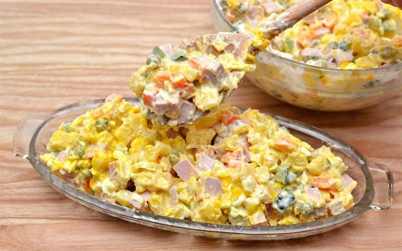 Cách làm Salad Nga Chuẩn Vị ngon miệng, đơn giản tại nhà