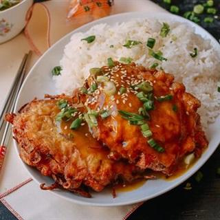 Cách làm Bánh thịt gà trứng chiên