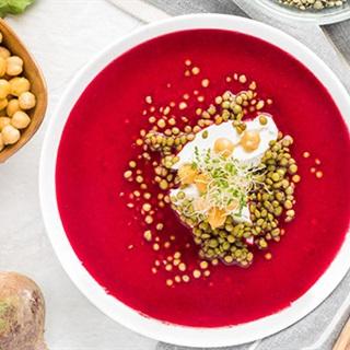 Cách làm súp rau củ kiểu Nga - Soup Borscht