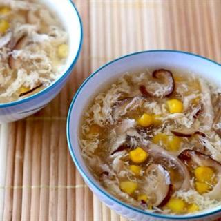 Cách làm súp gà bắp nấm hương