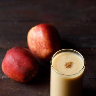 Cách làm Sinh tố táo nước cốt dừa