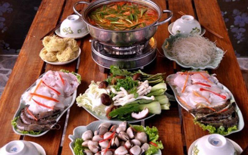 Cách làm lẩu Thái hải sản chua chua cay cay