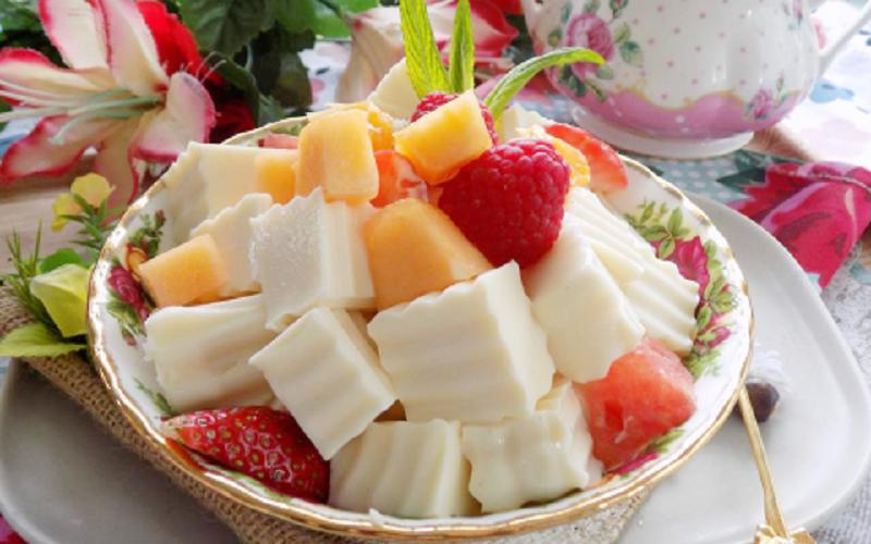 Cách làm sữa chua dẻo trái cây mát lạnh