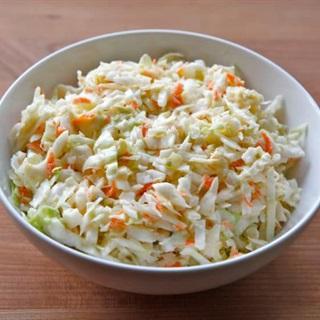 Cách làm Salad cà rốt bắp cải