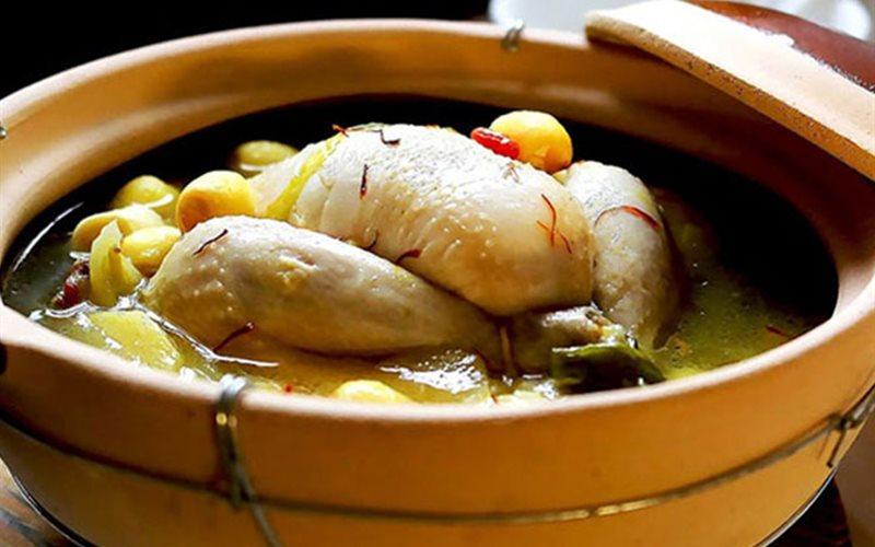 Cách làm canh gà hầm hạt sen