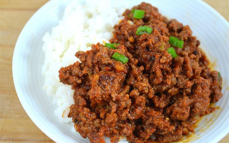 Cách làm Thịt bò băm sốt nước tương