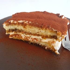 Bánh Tiramisu chuẩn Ý