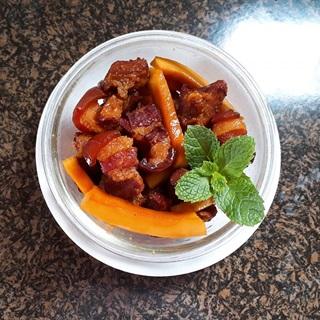 Cách làm thịt kho dừa thơm ngon