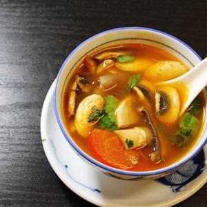 Canh chua Tom Yum Goong Thái