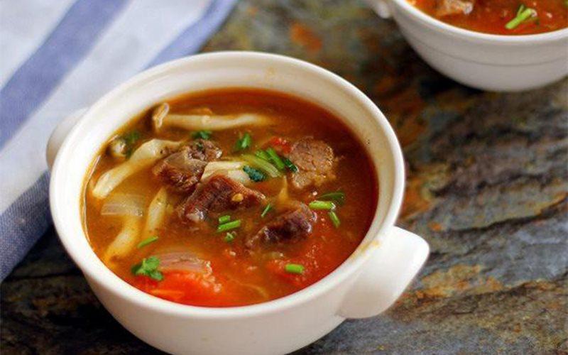 Cách làm canh thịt bò nấu nấm