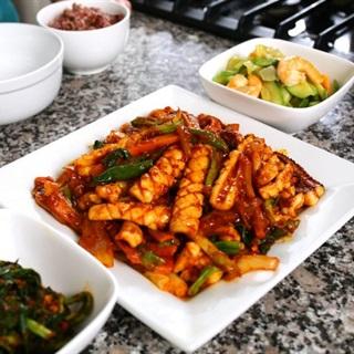 Cách làm mực xào cay Hàn Quốc