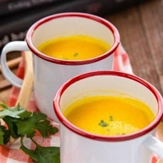 Cách làm súp bí đỏ hành tây