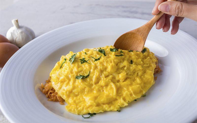 Cách làm cơm cuộn trứng Nhật Bản