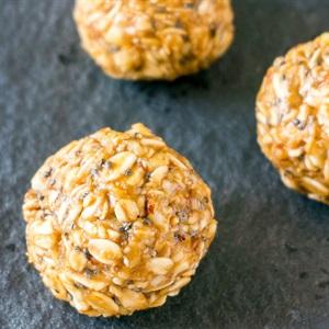 Bánh yến mạch đậu phộng