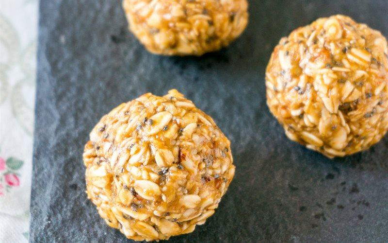 Cách làm Bánh yến mạch đậu phộng