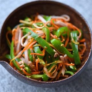 Cách làm salad ớt cà rốt