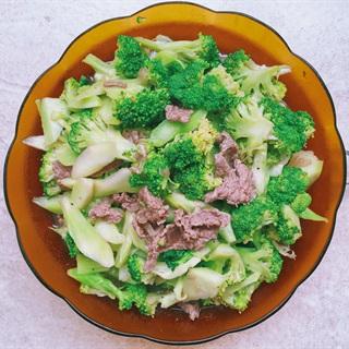 Cách làm bông cải xanh xào thịt bò tại nhà