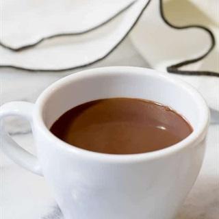 Cách làm Chocolate nóng kiểu Pháp
