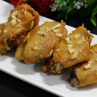 Các làm cánh gà nướng bơ tỏi béo ngon