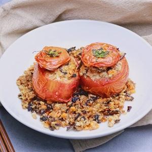 Cà chua nhồi đậu chiên chay