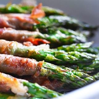 Cách làm Măng tây cuộn thịt xông khói nướng