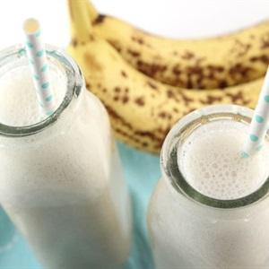 Sinh tố sữa chuối