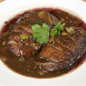 Vịt nướng Thái Lan với nước sốt ngọt