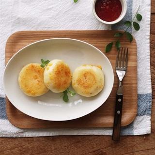 Cách làm Bánh khoai tây bắp phô mai