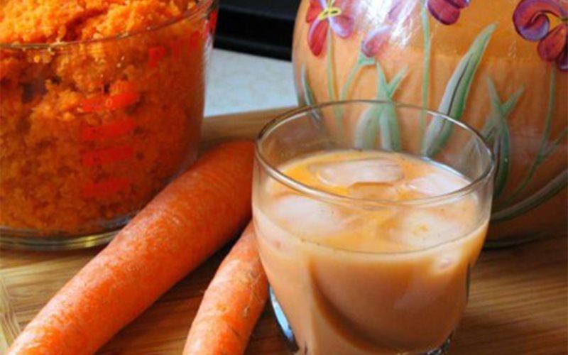 Cách làm nước ép cà rốt vani