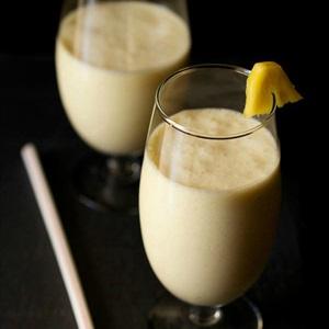 Sinh tố thơm cốt dừa