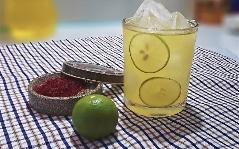 Cách làm trà chanh Saffron