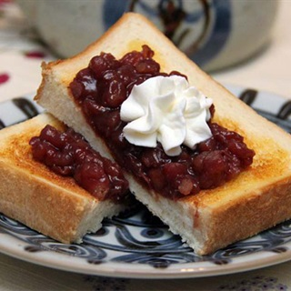 Cách làm bánh toast kem đậu đỏ