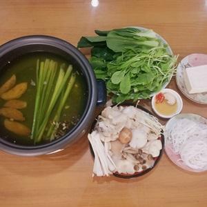 Lẩu nấm nấu chay