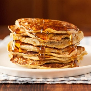 Cách làm pancake chuối mật ong