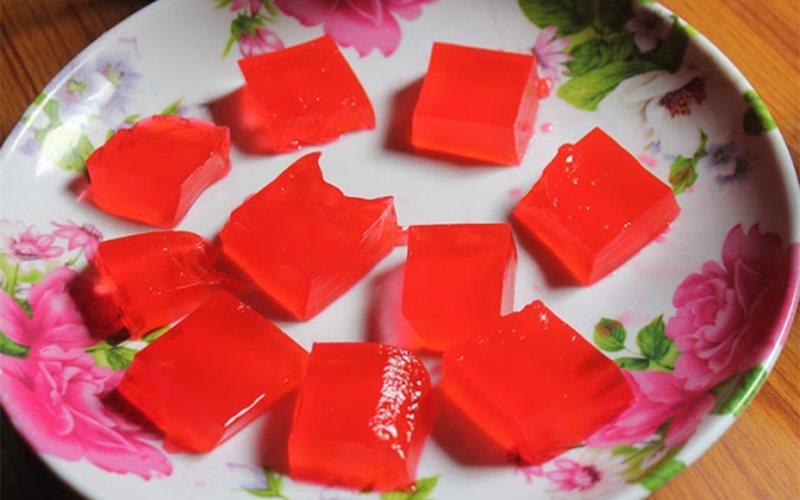 Cách làm rau câu siro hoa hồng