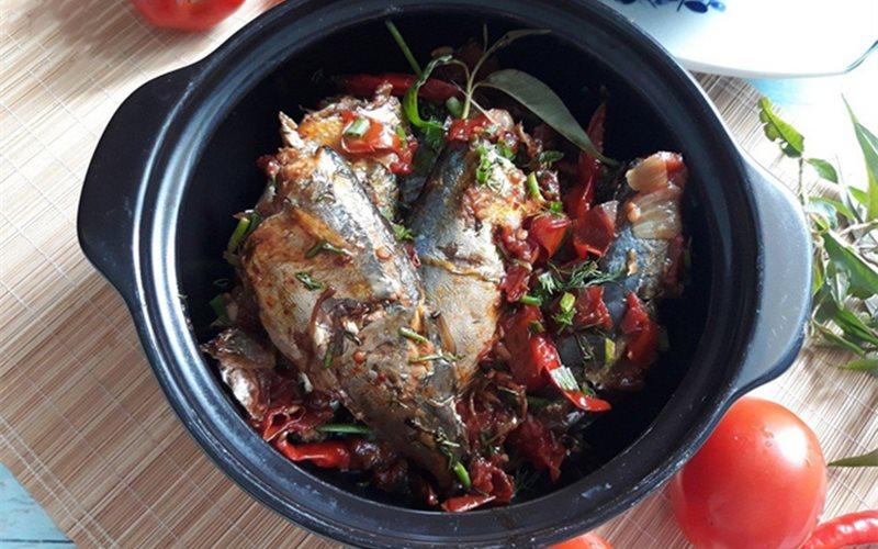 Cách làm cá nục kho cà cay cay