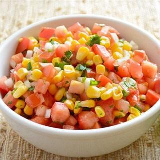 Cách làm salad cà chua bắp