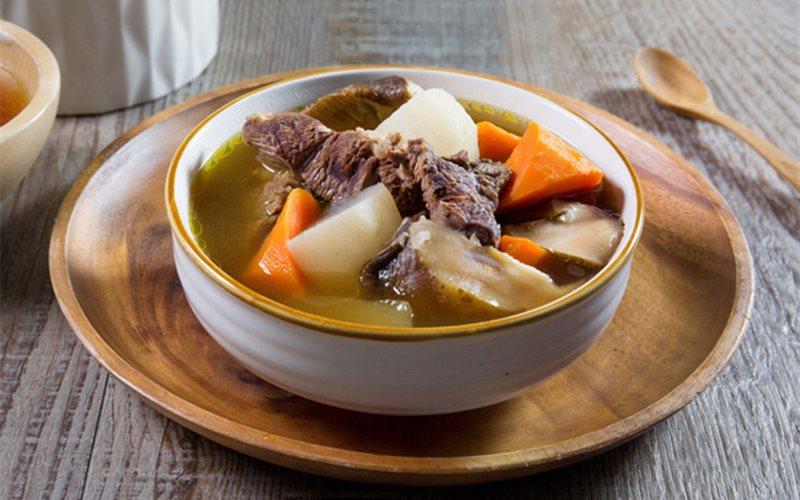 Cách nấu Canh Bò Hầm Nấm Rau Củ thơm ngon, giàu dinh dưỡng