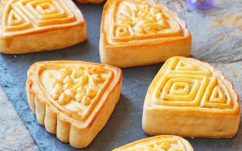 Cách làm bánh trung thu nhân thơm chua ngọt
